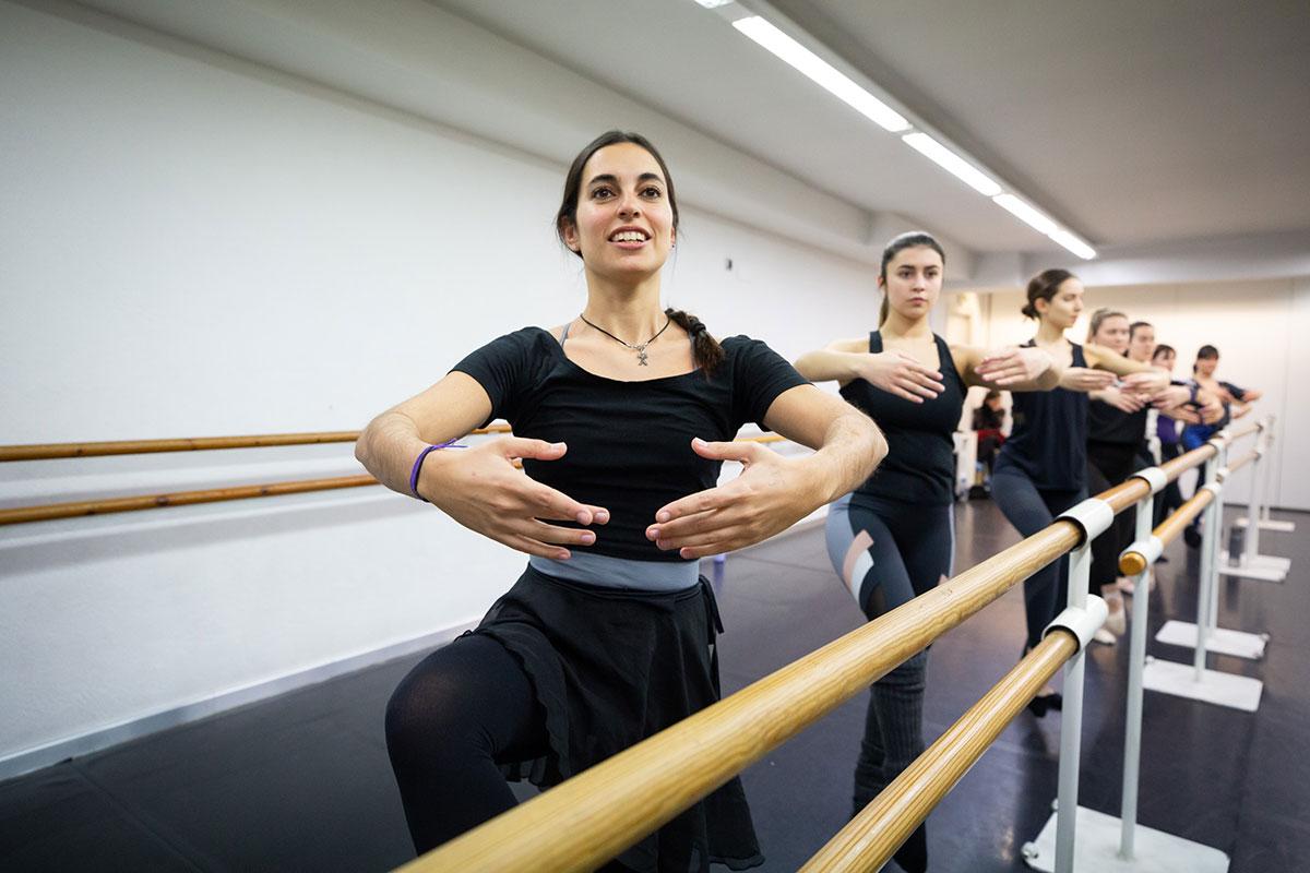 Classes de Dansa Clàssica per Adults a Granollers | Escola de Dansa Àgueda Murillo